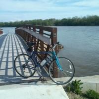 Bicycling at Drake Harbor at the Lake Of the Ozarks